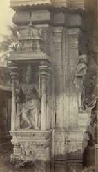 Madura. Trimul Naik's Portico [Pudu Mandapa]. Pillar at N.W. corner of building